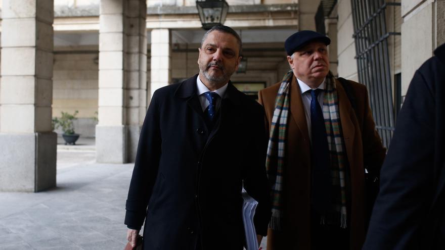 Condenan a dos años de cárcel a Mellet por un delito de malversación por la causa de Mercasevilla