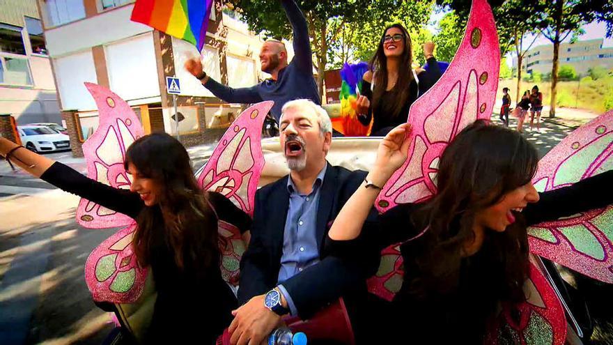 Así fue el pregón de First Dates por el Orgullo LGTB