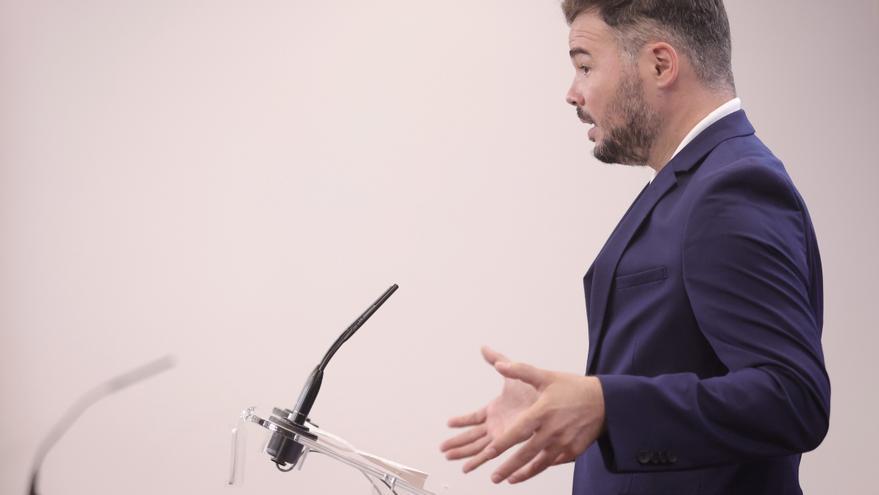 El portavoz parlamentario de la ERC, Gabriel Rufián, ofrece una rueda de prensa en el Congreso de los Diputados, a 20 de julio de 2021, en Madrid (España).