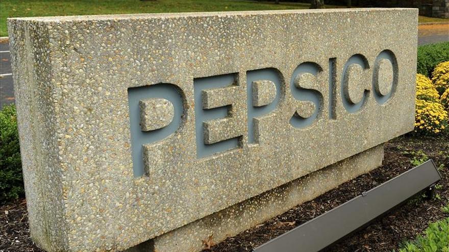 Los beneficios anuales de PepsiCo bajan un 3 por ciento