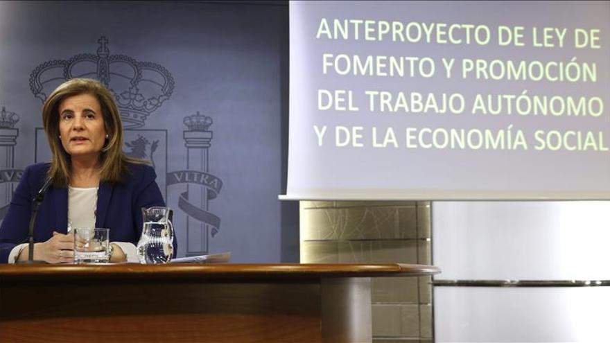 La ministra de Empleo, Fátima Báñez. / Efe