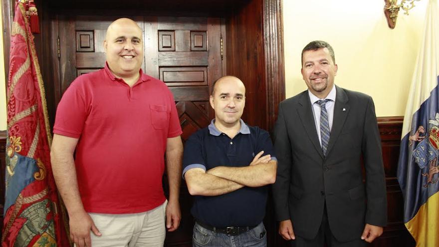 De izquierda a derecha: Manfred Calabuig, José Carlos Martín Rodríguez y Juan José Cabrera Guelmes.