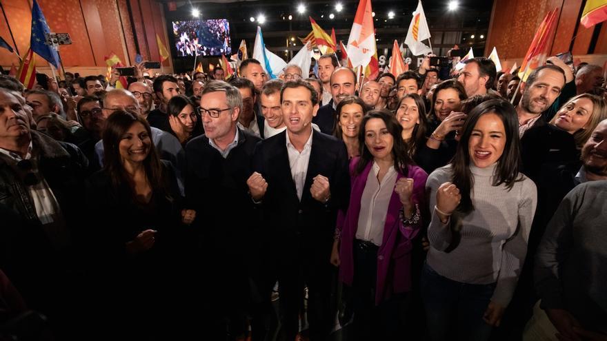 Los dirigentes de Ciudadanos en el acto de cierre de la campaña.