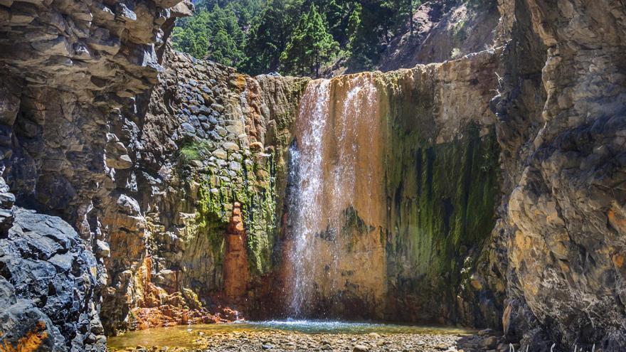 Imagen titulada 'Cascada de colores'. Autor: Pedro Sanfiel. Con 118 puntos, ha quedado en segunda posición en el 'I Concurso de Fotografía Volcánica de Canarias'.