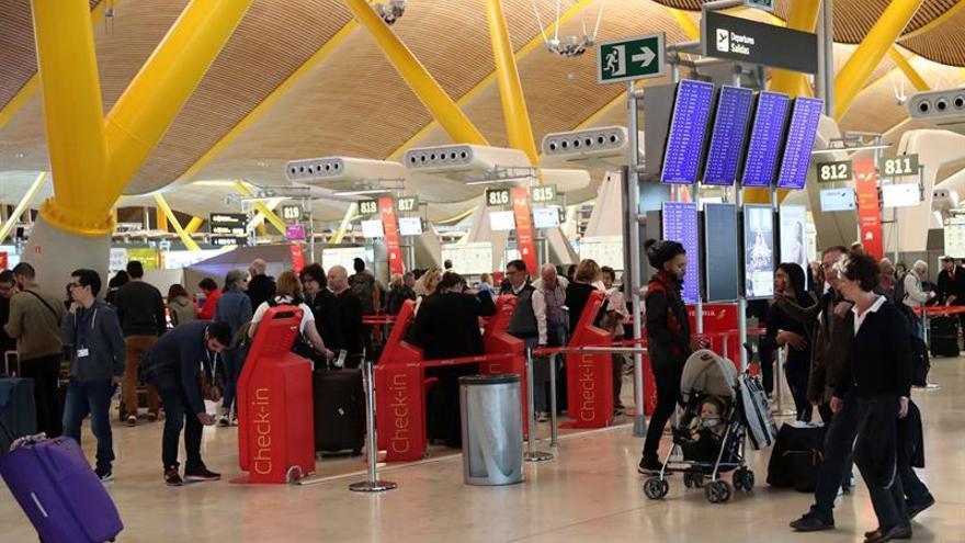El aeropuerto de Barajas registra un 6,2% más de pasajeros en noviembre