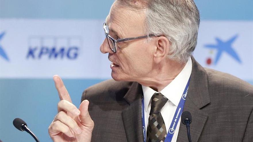 Antón Costas ve necesaria una consulta para decidir sobre relación con España