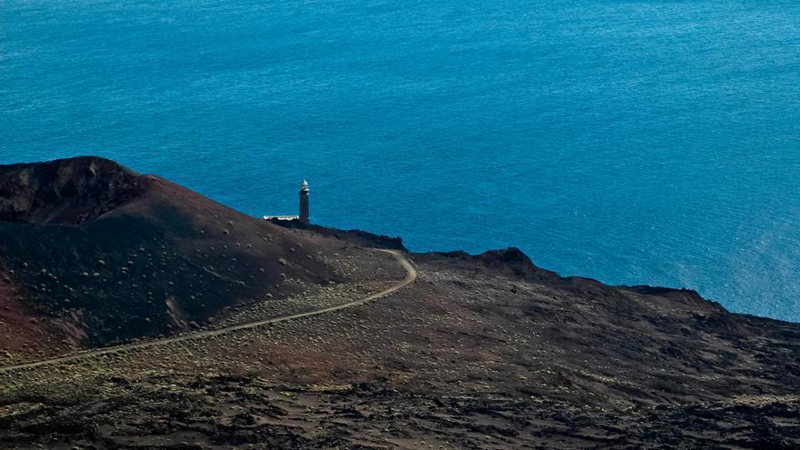 El Faro de Orchilla, en El Hierro, es el territorio más occidental de España y durante siglos lugar de paso del meridiano cero.