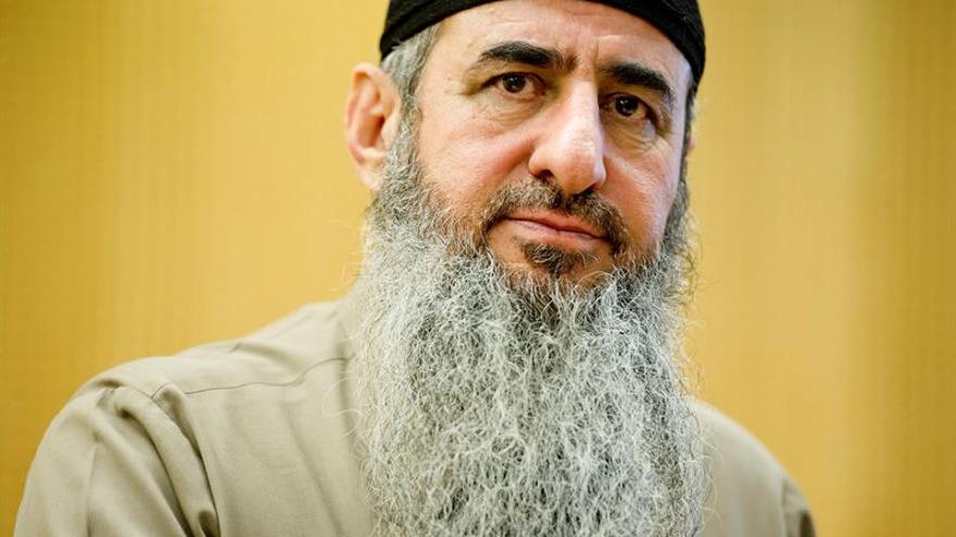 Noruega deja libre al mulá Krekar al retirar Italia la demanda de extradición