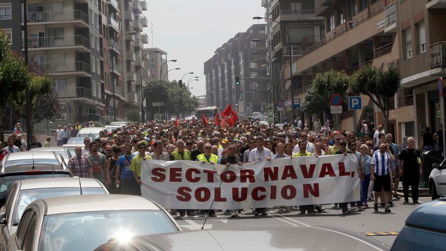 La manifestación en defensa de los astilleros privados recorre Sestao. /EDN.