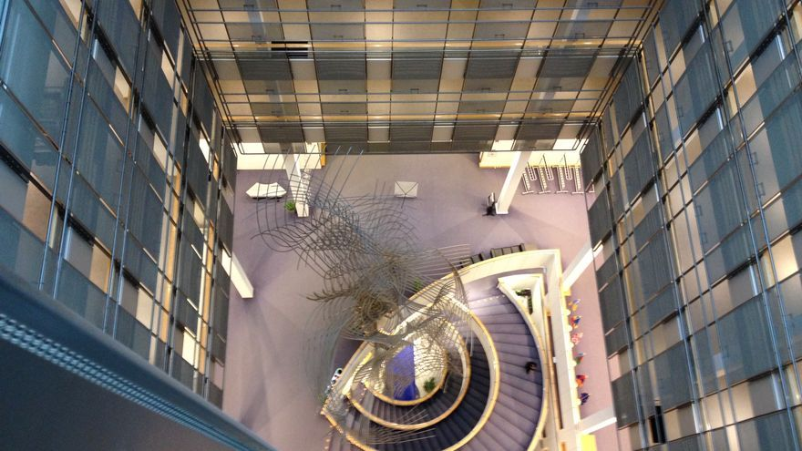 Interior de la sede del Parlamento Europeo en Bruselas. Foto: I.S.U.