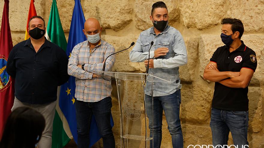 Representantes sindicales de Policía Local y Bomberos   ÁLEX GALLEGOS