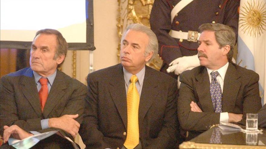 Polémica propuesta de un gobernador argentino plantea reducir las penas a genocidas