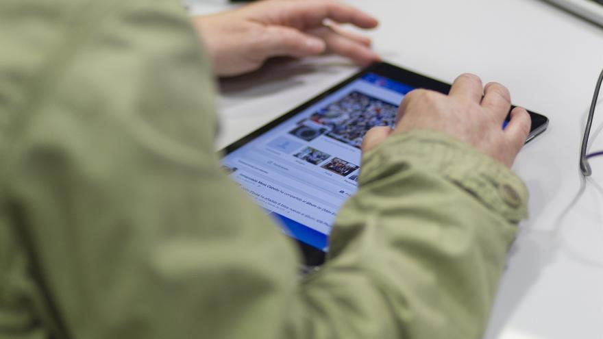 El Congreso prevé gastarse más de un millón de euros en 490 tabletas y 700 ordenadores para la nueva legislatura