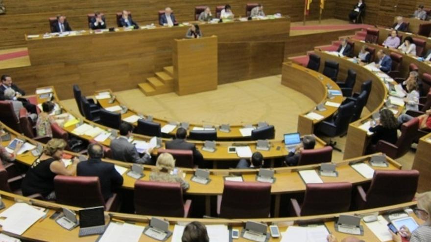 El PP rechaza crear en las Cortes valencianas una comisión que investigue los gastos de caja fija de altos cargos