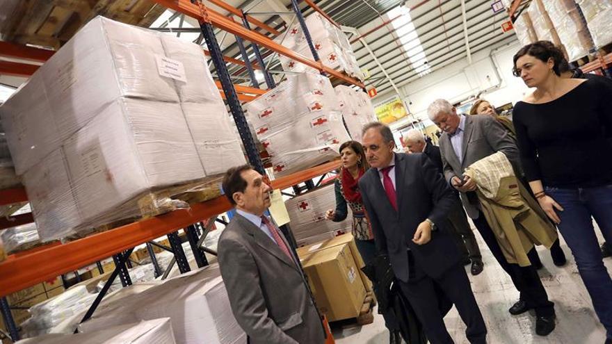 La delegación de la Comisión de Cooperación Internacional al Desarrollo del Senado encabezada por su vicepresidente primero, José Antonio Rubio, visita las instalaciones.