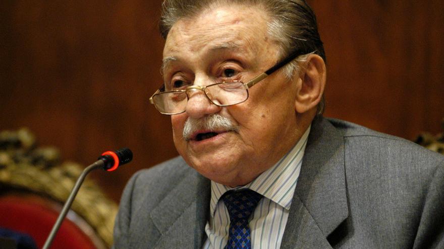 Fotografía tomada en marzo de 2004 en la que se registró al escritor uruguayo Mario Benedetti, en Madrid (España).