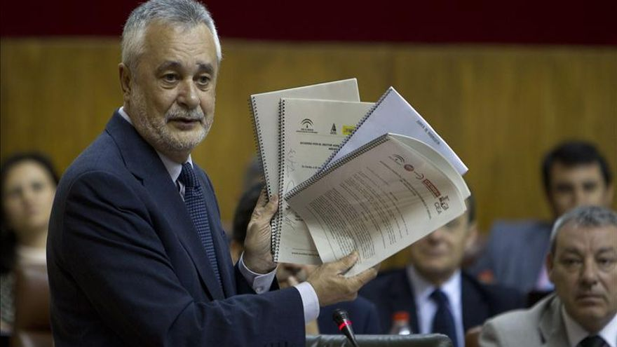 """Griñán dice que """"Rajoy ha pasado de la resignación al desprecio a las ideas ajenas"""""""
