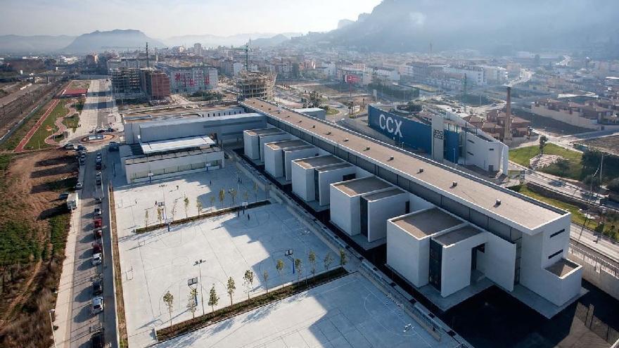 El nuevo IES Lluís Simarro prácticamente duplicó el espacio del centro original