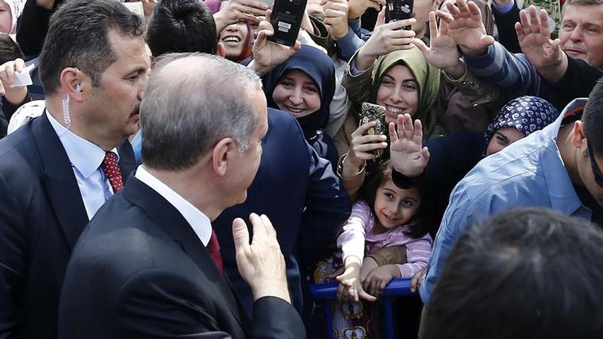 Erdogan recuperará el liderazgo del partido AKP tras el referéndum en Turquía