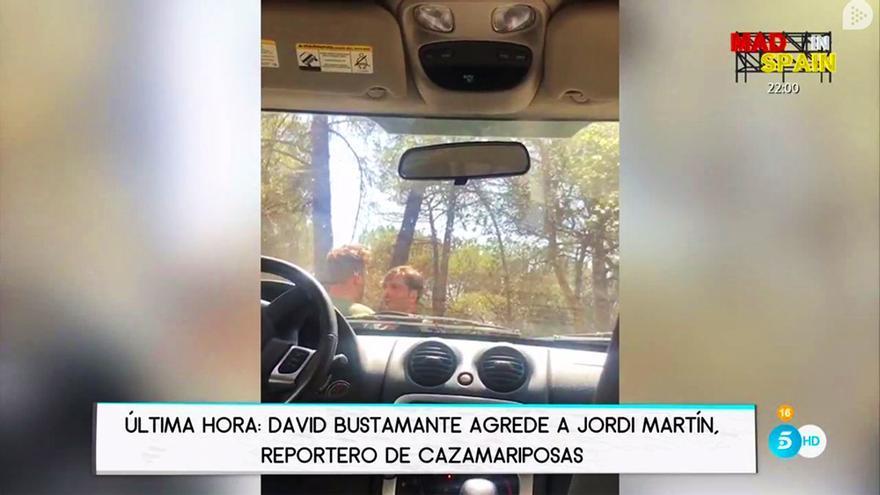 David Bustamante propina un bofetón al reportero de Cazamariposas Jordi Martín