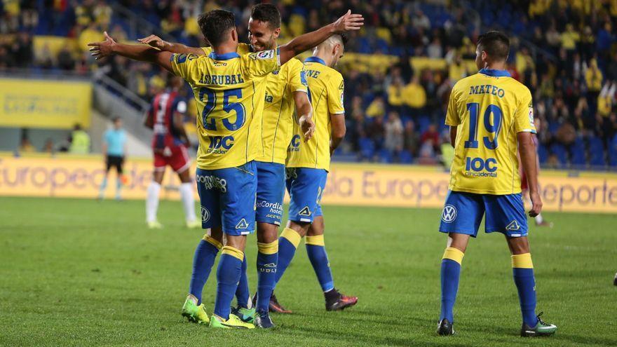 Imágenes del encuentro entre la UD Las Palmas y SD Huesca. Alejandro Ramos.