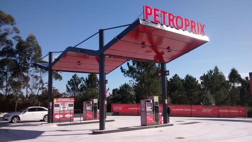 """Cuatro organizaciones estudian recurrir el decreto que regula las gasolineras en Castilla-La Mancha por """"chapucero"""""""
