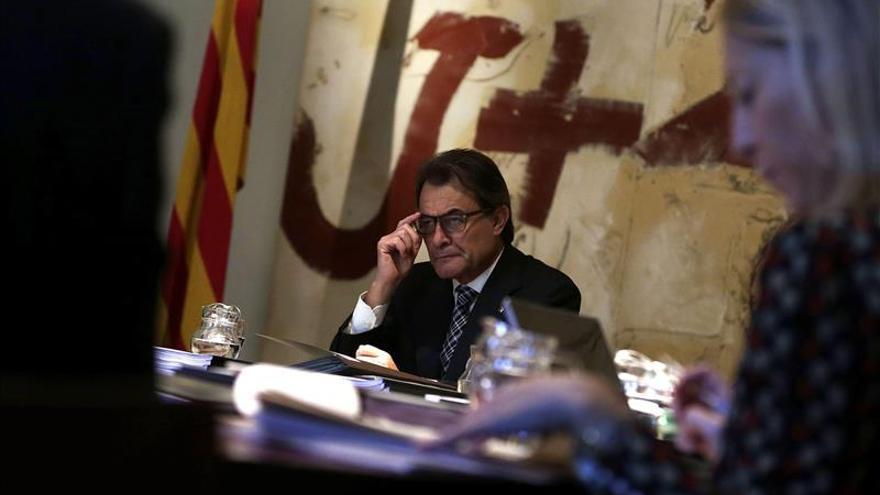 El Govern invita a Rajoy a reunirse con Mas en el Palau de la Generalitat