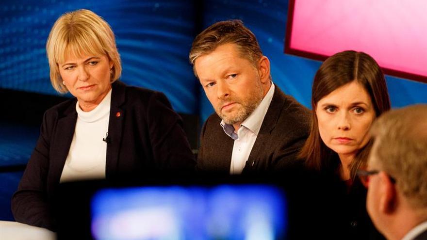 Los conservadores encabezan los sondeos en las elecciones islandesas sin mayorías claras