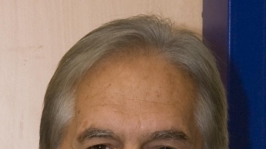 """El senador Bethencourt (PSOE) pide a Monago que justifique una """"gestión"""" que hiciera en Canarias"""