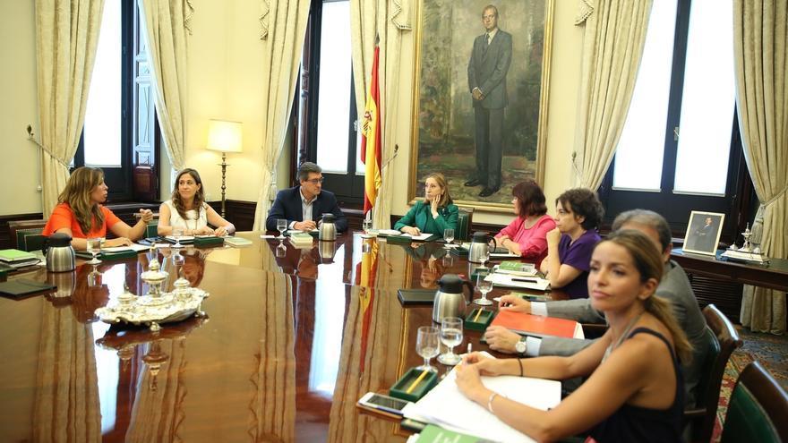 La Mesa del Congreso, con el 'No' de Cs, acuerda crear la comisión sobre el modelo territorial que pidió el PSOE