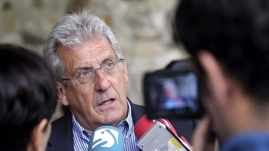 El físico Pedro Miguel Etxenike, Medalla de Oro de Navarra 2017