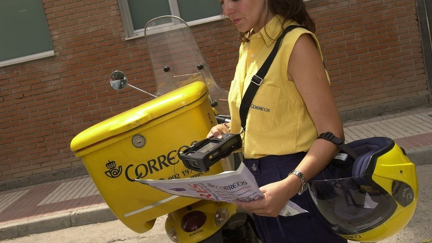 Los carteros de Correos en Santander avisarán para solventar incidencias en las calles de la ciudad