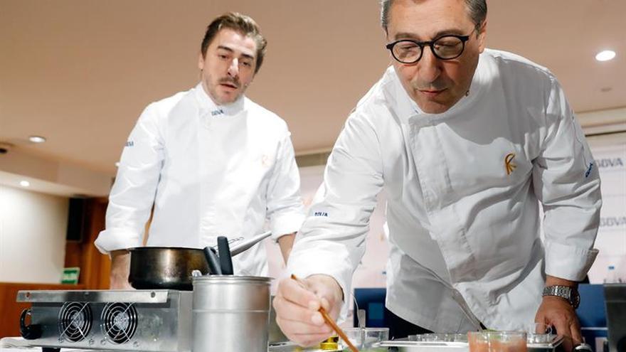"""El chef Joan Roca afirma que la cocina """"es un elemento de unión y de diálogo"""""""