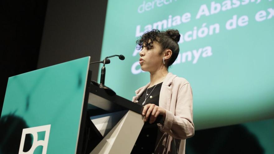 Lamiae Abassi, portavoz de la Asociación de exMENAS de Catalunya, Premio individual de activismo en defensa de los derechos humanos