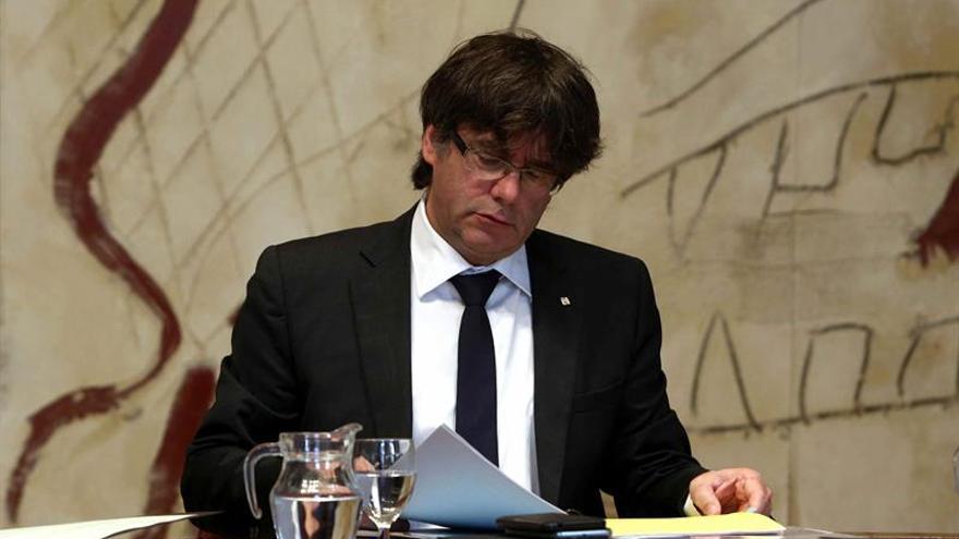 Puigdemont insiste en negociar el referéndum tras la propuesta del Gobierno