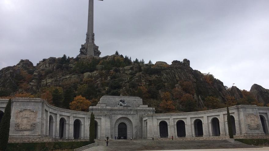 IU registra una nueva ley para derribar la Cruz del Valle de los Caídos y sacar también a José Antonio