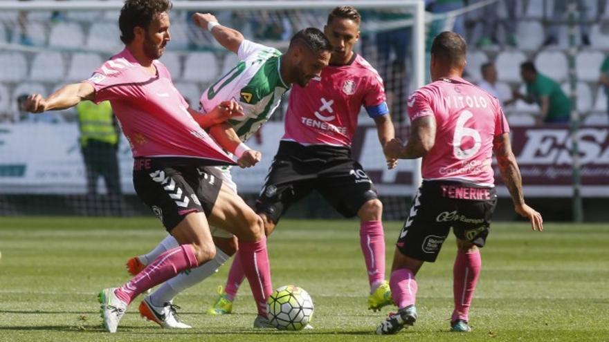 El jugador del CD Tenerife, Germán Sánchez.