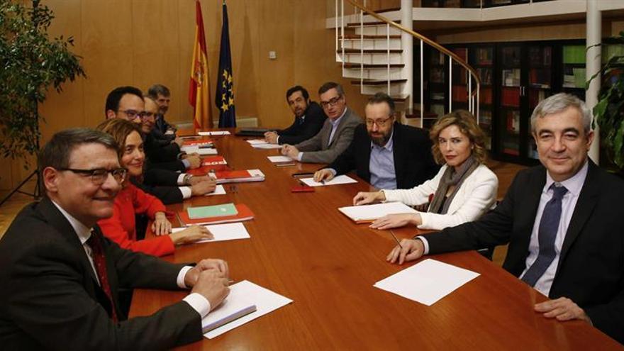 Militancia del PSOE puede pedir desde hoy votar por internet en la consulta