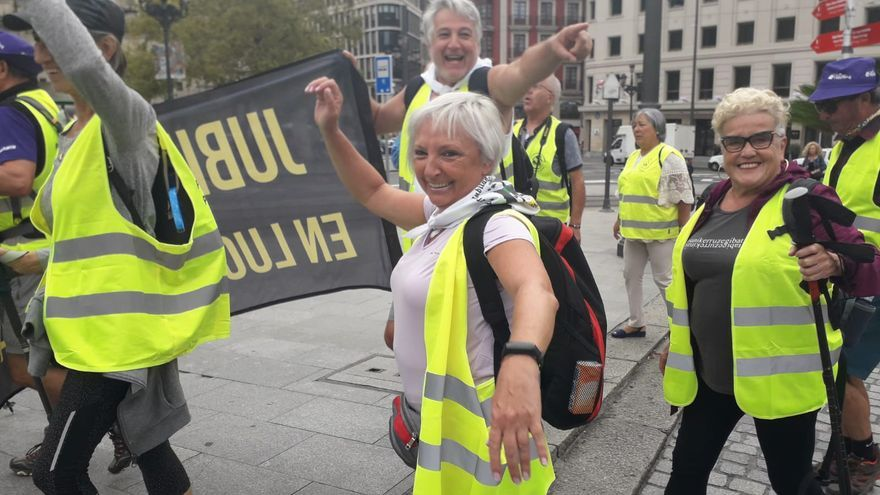 Pensionistas vascos saliendo de Bilbao hacia Madrid