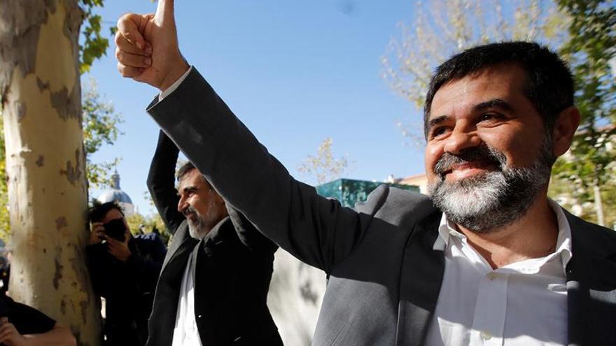 """Sànchez asegura desde prisión que el 1-O ganó """"la resistencia no violenta"""""""