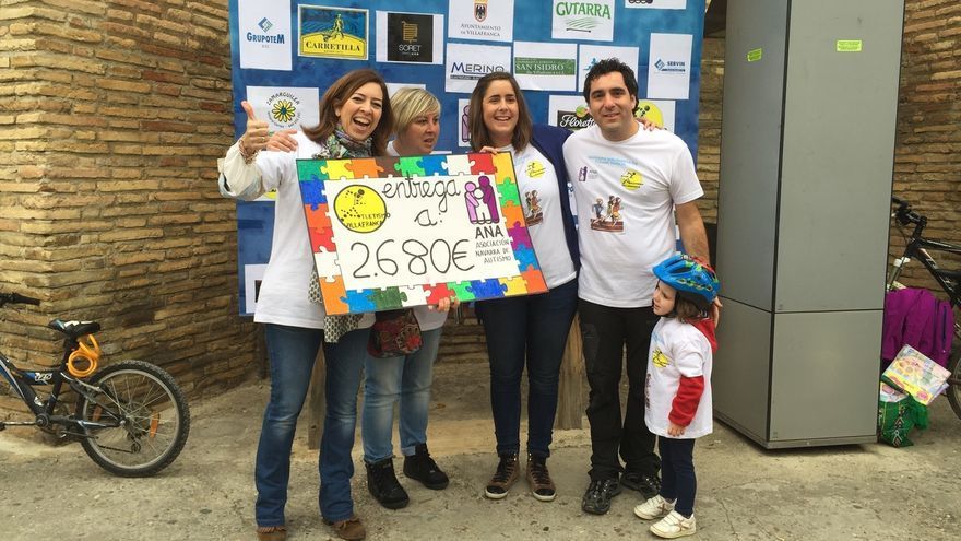 400 personas participan en la II Carrera Solidaria en favor del autismo