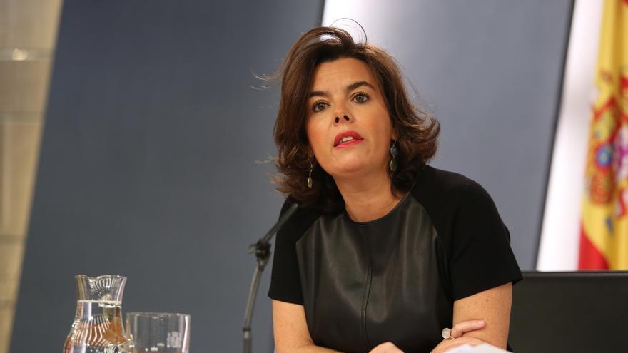 Santamaría evita opinar sobre la crisis interna del PSOE y sobre si el Rey debe iniciar nueva ronda para la investidura