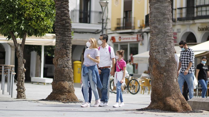 Badajoz, Cáceres y Mérida, entre las 26 ciudades españolas con menor tasa de contagios