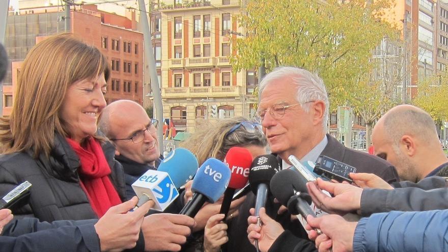 """Borrell dice que la ruptura de BComú con PSC es """"puro tacticismo"""" y con ello Ada Colau """"se posiciona para elecciones"""""""