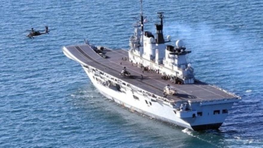 El Portaaviones Británico HMS Illustrious