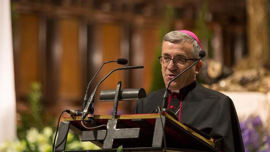 El obispo auxiliar de Valladolid rechaza que el Descubrimiento fuera un genocidio