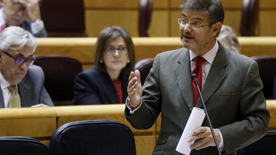 Rafael Catalá defiende la legalidad de que el Gobierno requiera al fiscal que actúe