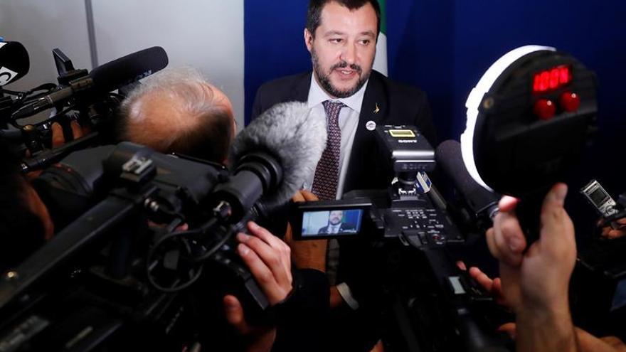Salvini acusa a Malta de ayudar a una patera de inmigrantes a llegar a Italia