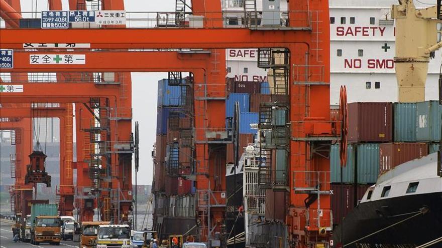 Japón registra en 2012 un déficit comercial récord de 58.500 millones de euros