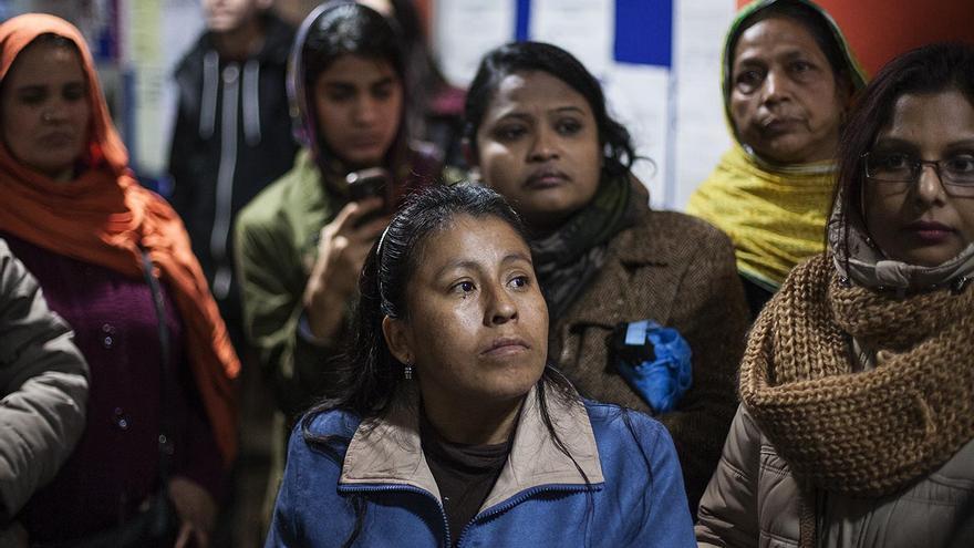 Tancada de migrants a la UB